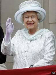 Queen Elizabeth ll waving from balcony at Buckingham Palace Diamond Jubilee 2012